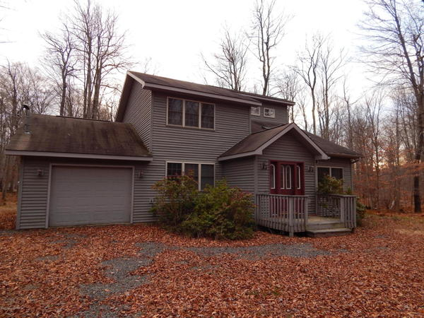 97 Delbert Dr Gouldsboro Pa 18424 – REDUCED PRICE