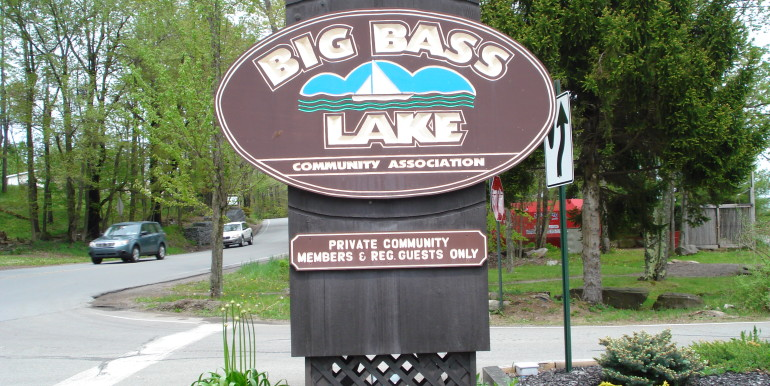 WELCOME TO BIG BASS LAKE