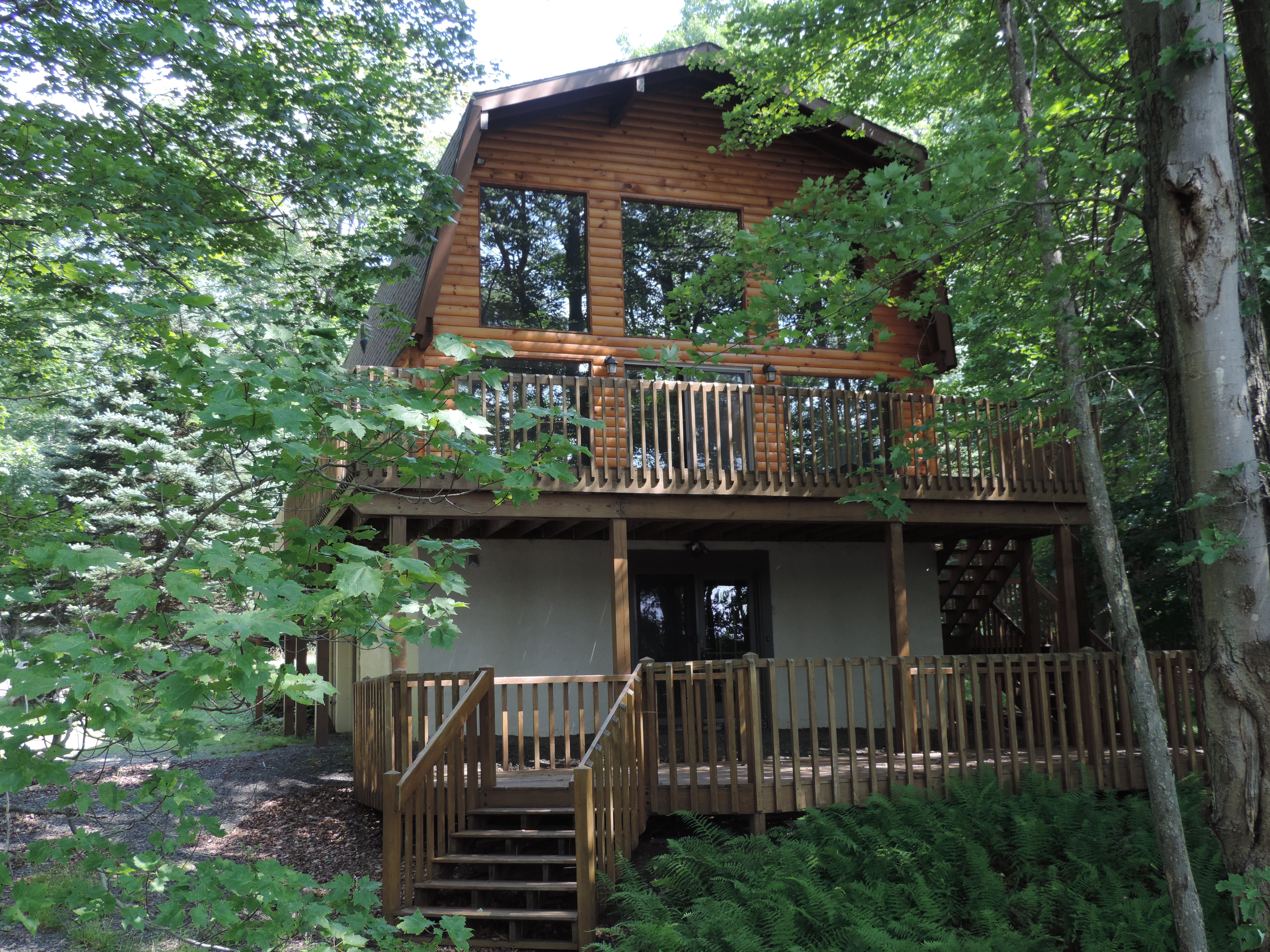 69 Lake Drive East Gouldsboro Pa 18424 – Lakefront -REDUCED PRICE